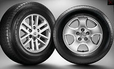2102 Toyota Hilux Vigo comes with new rims