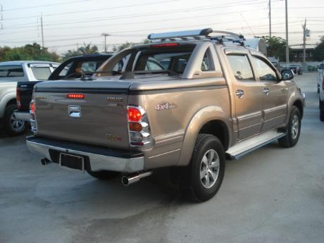 new Toyota Hilux Vigo Double Cab with Superlid GSR at Thailand's top Toyota Hilux Vigo</a>dealer Jim Autos Thailand